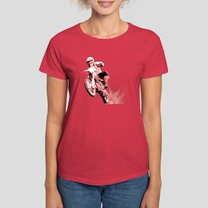 Red Dirtbike Wheeling in Mud Women's Dark T-Shirt