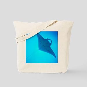 Giant manta ray Tote Bag