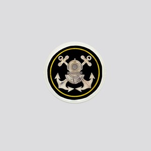 3-Bolt Dive Helmet and Anchors Mini Button