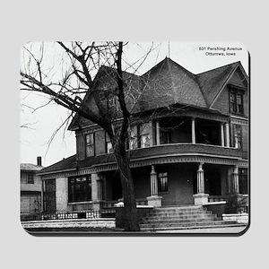 Snook House, Ottumwa Iowa Mousepad