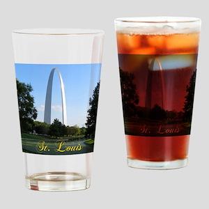 StLouis_7x10_Tall_GatewayArch_color Drinking Glass