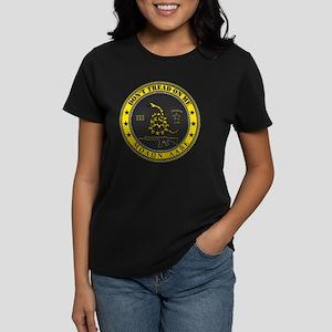 Dont Tread On Me (Yellow/Grey Women's Dark T-Shirt