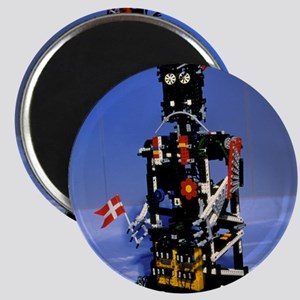 Lego humanoid robot known as Elektra Magnet