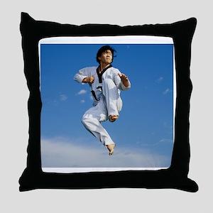 AA013823 Throw Pillow