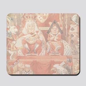 Vintage Alice in Wonderland King and Que Mousepad