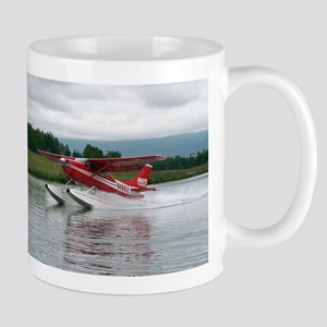 Float plane taking off, Alaska Mugs