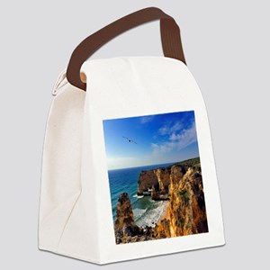 Bird in flight at seascape of Mar Canvas Lunch Bag