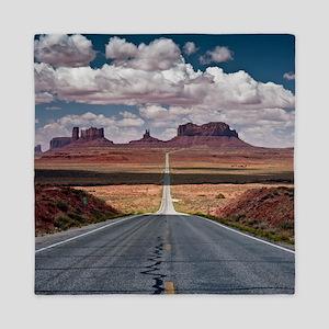 Monument Valley. Queen Duvet