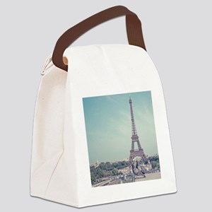 Two love birds with view of Eiffe Canvas Lunch Bag