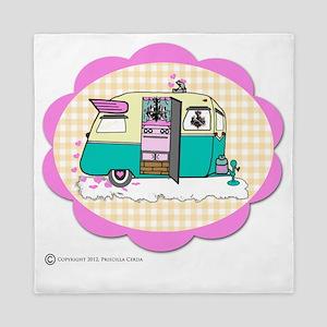 lil vintage trailer Queen Duvet