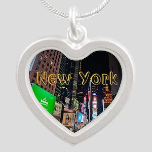 NewYork_11x9_CalendarPrint_T Silver Heart Necklace