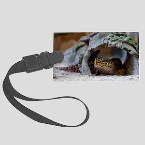 leopard geckos house Large Luggage Tag