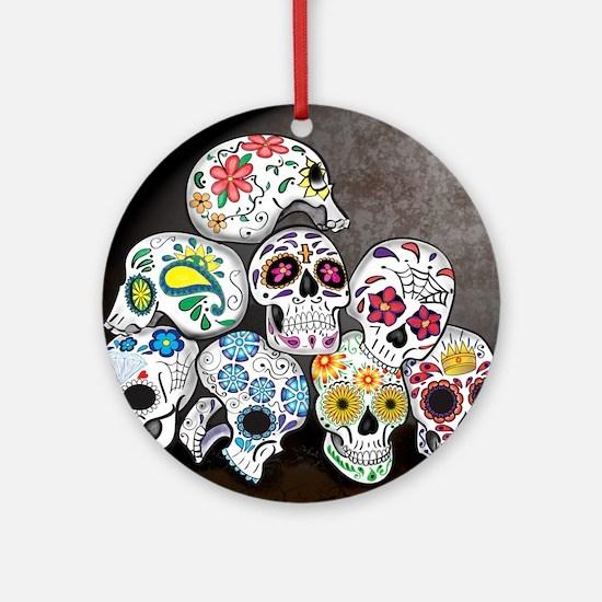 Sugar Skull Family - dia de los mue Round Ornament