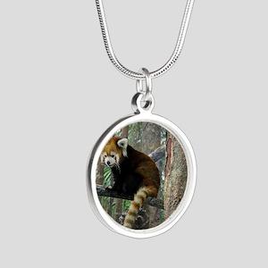 Xia Silver Round Necklace