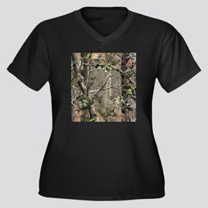 Camo Women's Plus Size Dark V-Neck T-Shirt