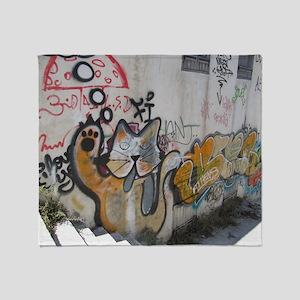 kat graffiti Throw Blanket