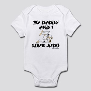 MY DADDDY AND I LOVE JUDO Infant Bodysuit
