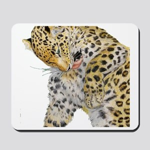Leopard white background Mousepad