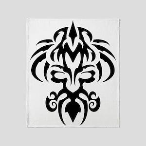 maori tatoo Throw Blanket