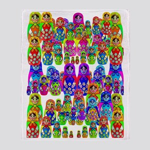 russian dolls 4 Throw Blanket