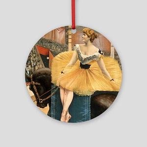 Night at the circus - Strobridge - 1893 Round Orna