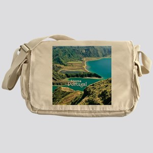 Lagoa do Fogo Messenger Bag