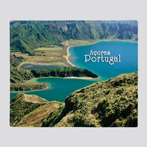 Lagoa do Fogo Throw Blanket