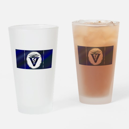 veterinarian logolicense Drinking Glass