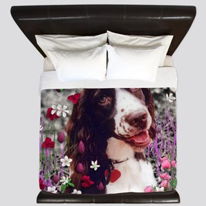 Lady the Brittany Spaniel in Flowers King Duvet