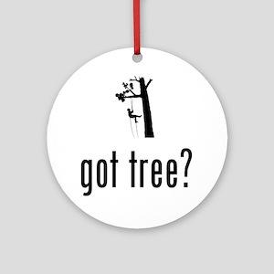 Tree-Climbing-02-A Round Ornament