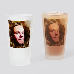 T face 5 Drinking Glass