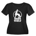 iron wolf Women's Plus Size Scoop Neck Dark T-Shir
