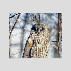 Great Gray Owl Throw Blanket