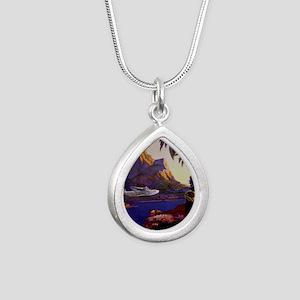 Vintage South Sea Isles  Silver Teardrop Necklace