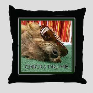 Chicks Dig Me Throw Pillow
