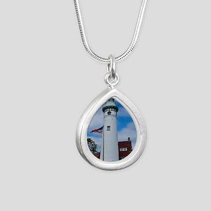 Seul Choix Silver Teardrop Necklace
