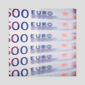 500 Euros Queen Duvet
