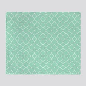 Mint Quatrefoil Pattern Throw Blanket