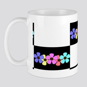 five flowers on black white clasp walle Mug