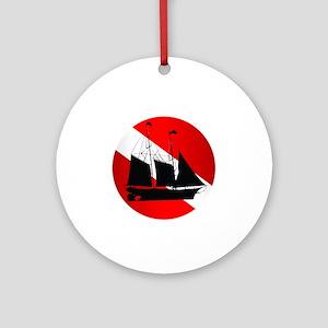 Wreck Diver (Ship) Round Ornament