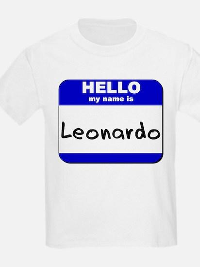 hello my name is leonardo T-Shirt