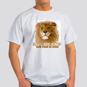 Lion Save the King Light T-Shirt