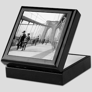 Brooklyn Bridge Pedestrians Keepsake Box