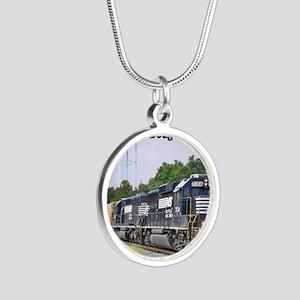Eastman, Georgia Silver Round Necklace
