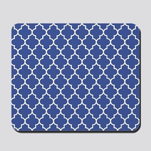 Navy blue quatrefoil pattern Mousepad