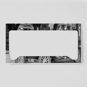 Travel Photographer License Plate Holder