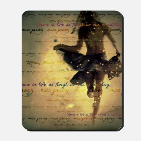 DANCING IN THE RAIN Mousepad