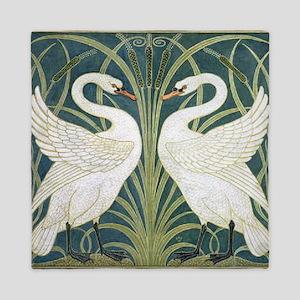 Swan and Rush Queen Duvet