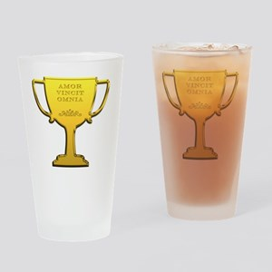 Amor Vincit Omnia Drinking Glass