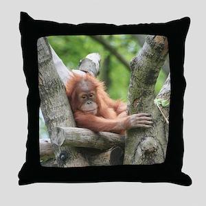 OrangUtan015 Throw Pillow